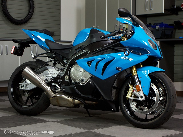 BMW S 1000 RR side view