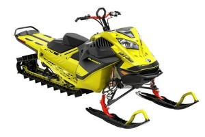 Ski-Doo introduce snowmobilul SUMMIT 850 E-TEC TURBO