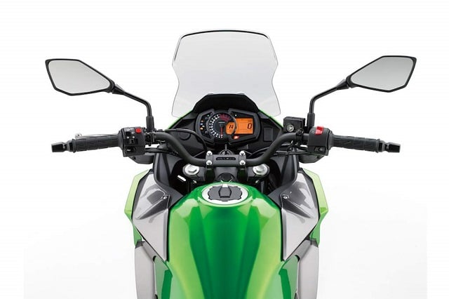 O lista a specificatiilor Kawasaki Versys-X 300 2017 via Kawasaki USA - Suzuki
